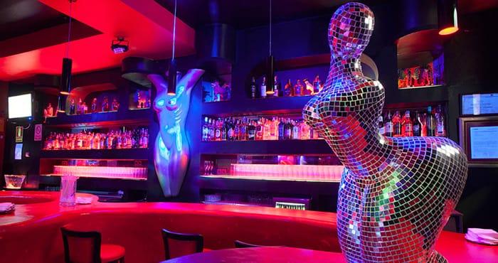 chiquita intercambio de parejas fetiche cerca de Madrid