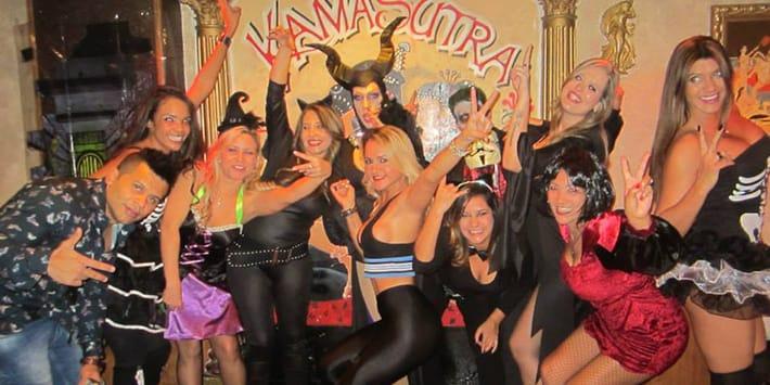 fiesta salvaje en kamasutra